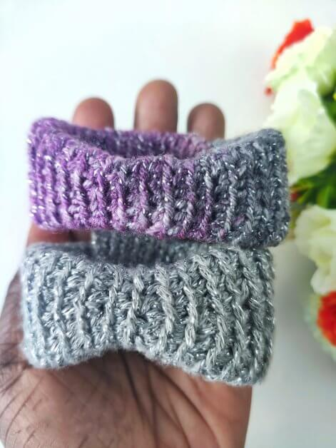 Free Wrist Bracelet crochet pattern, easy to make with your left over yarns. this easy pattern uses basic sts and in no time, you'd be done.