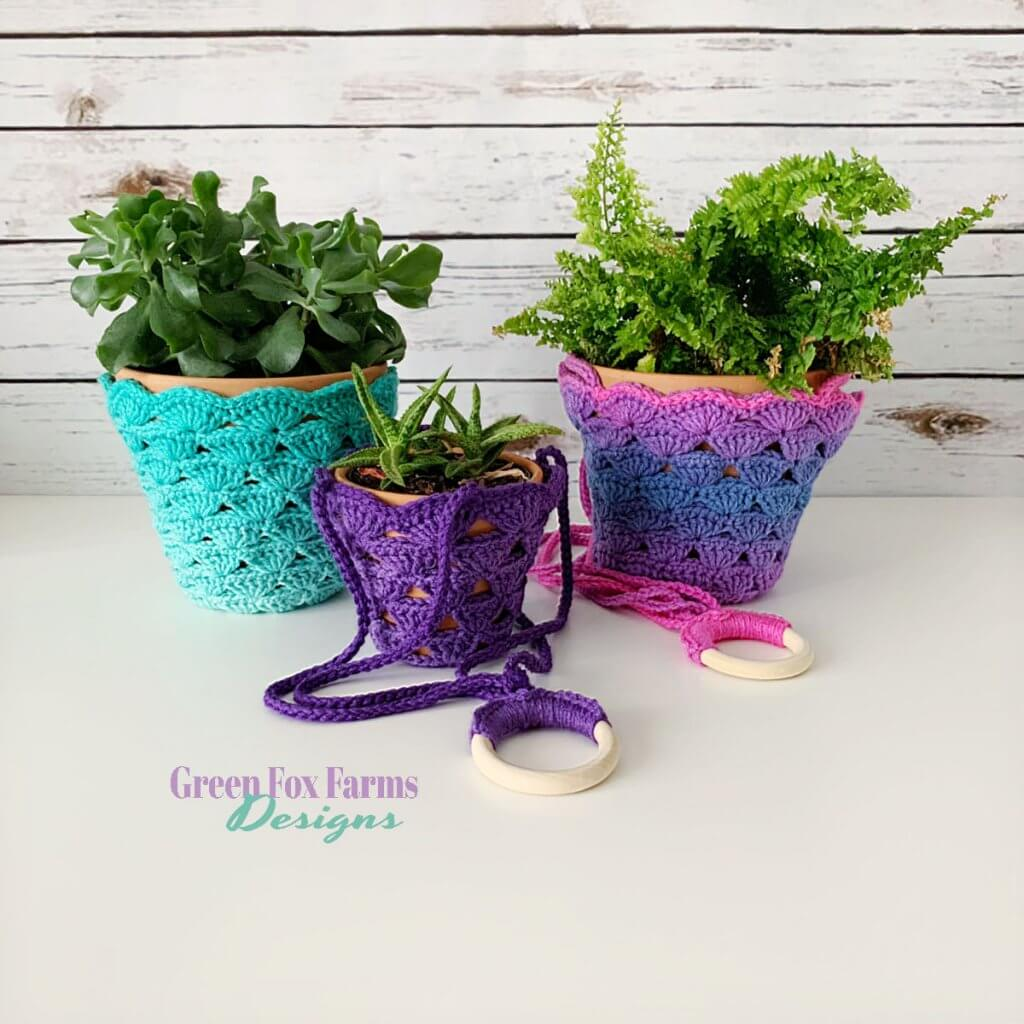 Crochet Plant Hanging Pattern, part of 27 free patterns in summer blog hop.